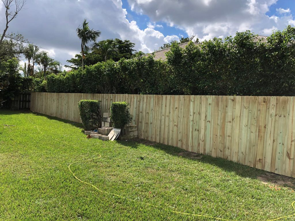 best wood fence installation company in deerfield beach